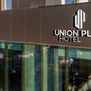 dotari hoteliere pentru Union Plaza Bucuresti